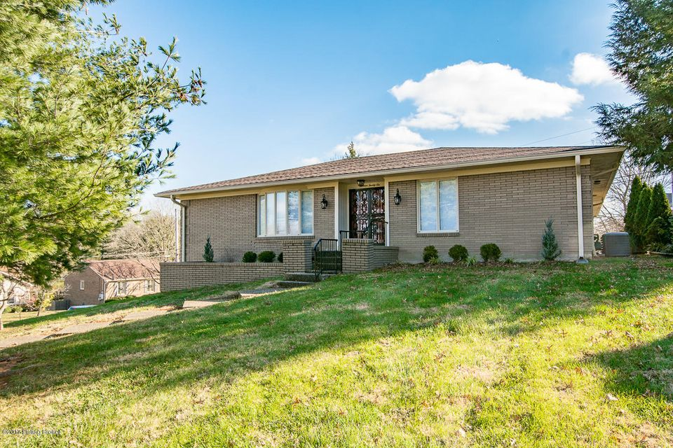 Single Family Home for Sale at 1326 Trevilian Way 1326 Trevilian Way Louisville, Kentucky 40213 United States