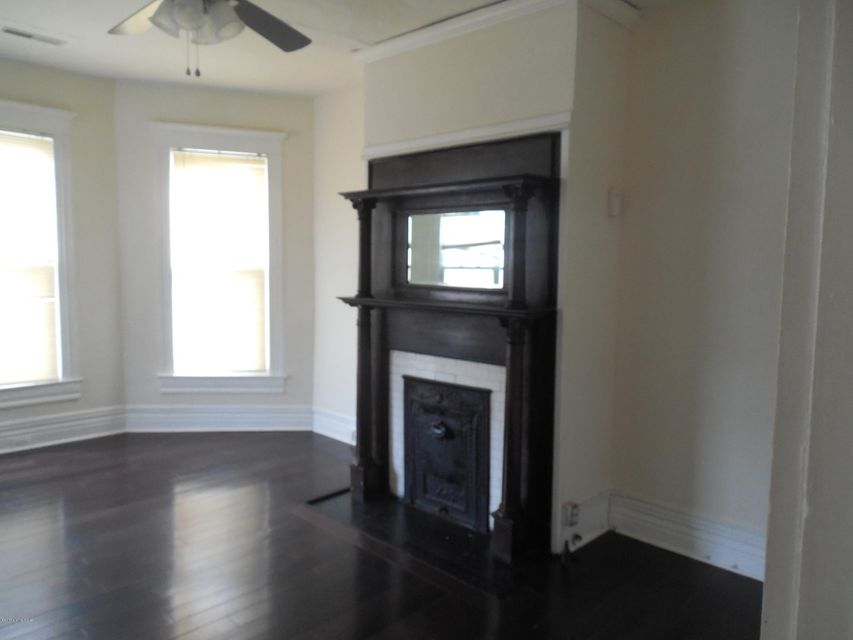 Additional photo for property listing at 1440 S Brook Street 1440 S Brook Street Louisville, Kentucky 40208 United States