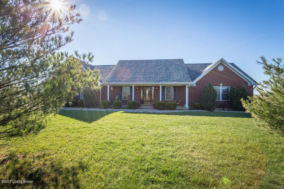 Farm / Ranch / Plantation for Sale at 725 Sweeney Lane 725 Sweeney Lane Pleasureville, Kentucky 40057 United States