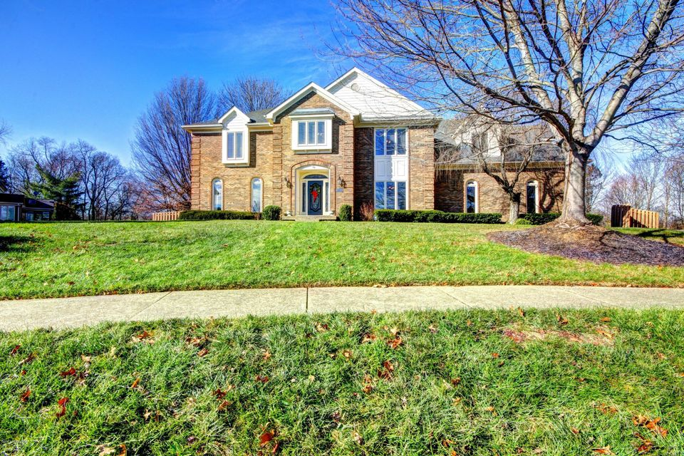 Single Family Home for Sale at 14507 Ashmont Court 14507 Ashmont Court Louisville, Kentucky 40245 United States