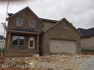 Additional photo for property listing at 7221 Black Walnut Circle 7221 Black Walnut Circle Louisville, Kentucky 40229 United States