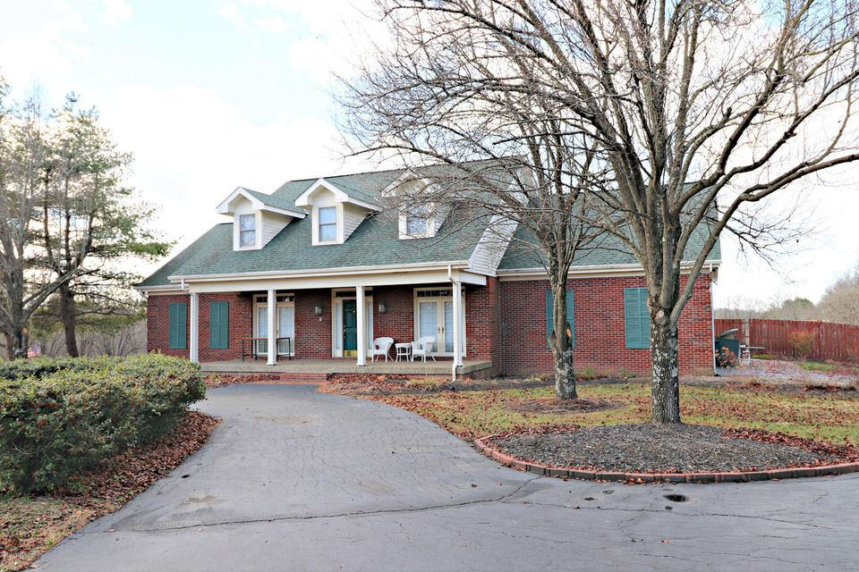 Single Family Home for Sale at 319 Fields Lane 319 Fields Lane Simpsonville, Kentucky 40067 United States