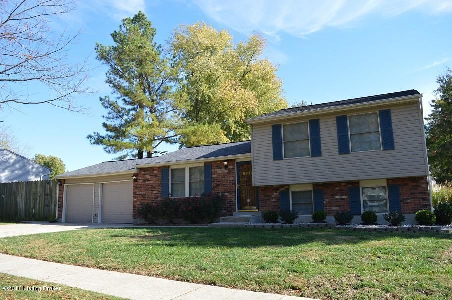 Single Family Home for Rent at 6713 Fox Hound Road 6713 Fox Hound Road Louisville, Kentucky 40291 United States