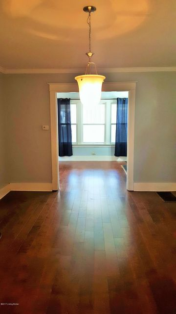 Additional photo for property listing at 3015 Wentworth Avenue 3015 Wentworth Avenue Louisville, Kentucky 40206 United States