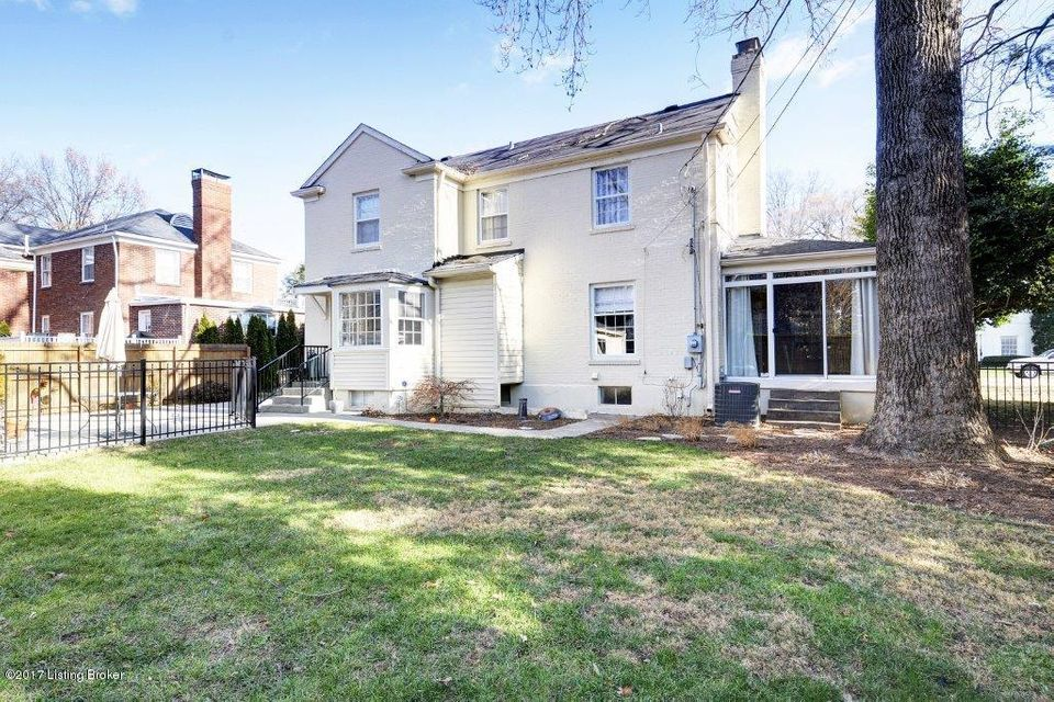 Additional photo for property listing at 206 Gibson Road 206 Gibson Road Louisville, Kentucky 40207 United States