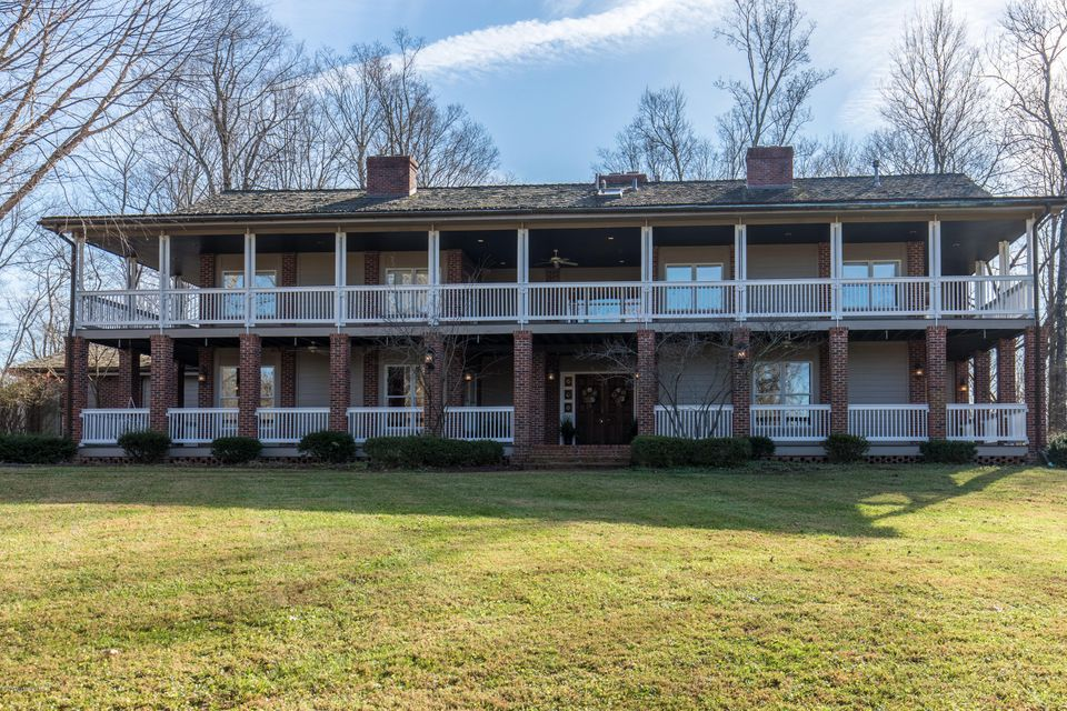 Single Family Home for Sale at 4226 Dolphin Road 4226 Dolphin Road Louisville, Kentucky 40220 United States