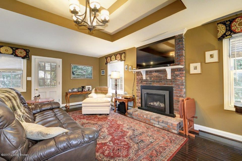 Additional photo for property listing at 2545 Trevilian Way 2545 Trevilian Way Louisville, Kentucky 40205 United States