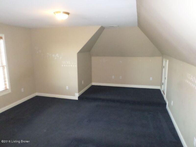 Additional photo for property listing at 137 Calumet 137 Calumet Elizabethtown, Kentucky 42701 United States