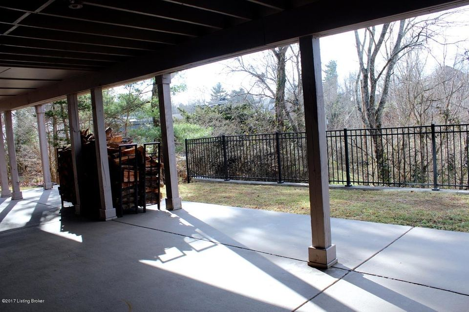 Additional photo for property listing at 6217 Innes Trace Road 6217 Innes Trace Road Louisville, Kentucky 40222 United States