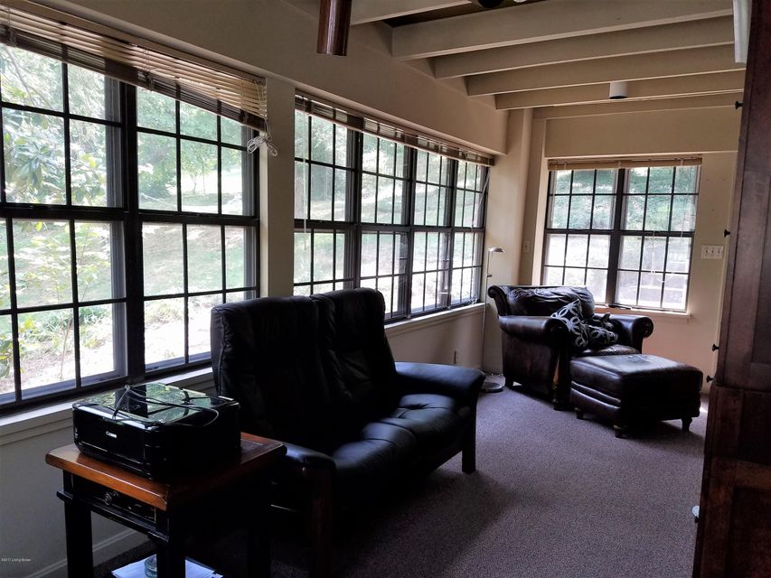 Additional photo for property listing at 1850 Trevillian Way 1850 Trevillian Way Louisville, Kentucky 40205 United States