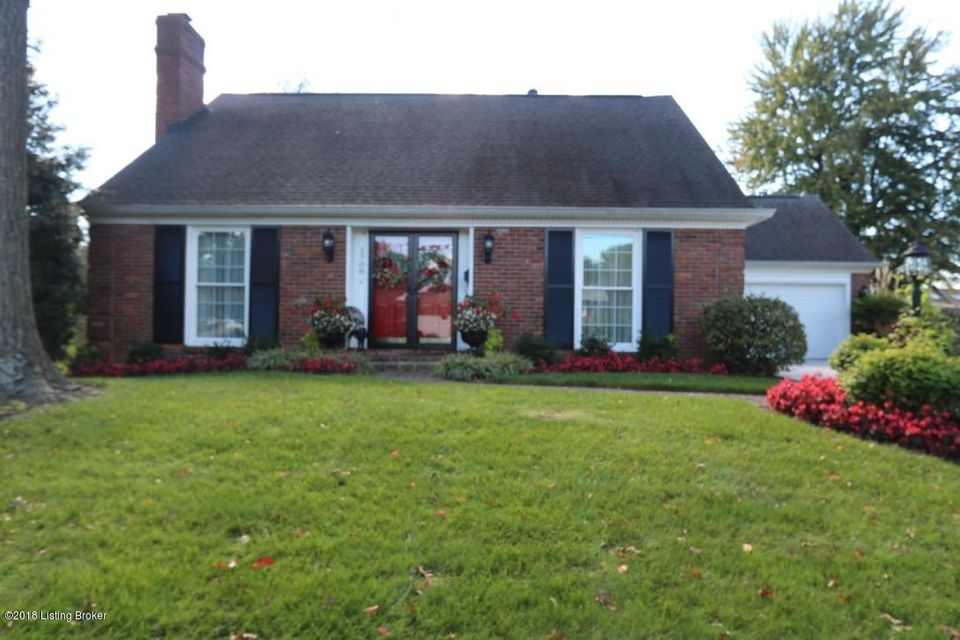 Single Family Home for Sale at 1708 Applewood Lane 1708 Applewood Lane Louisville, Kentucky 40222 United States