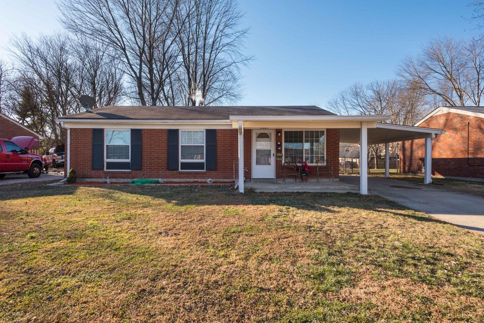 Single Family Home for Sale at 8512 Jan Way 8512 Jan Way Louisville, Kentucky 40219 United States
