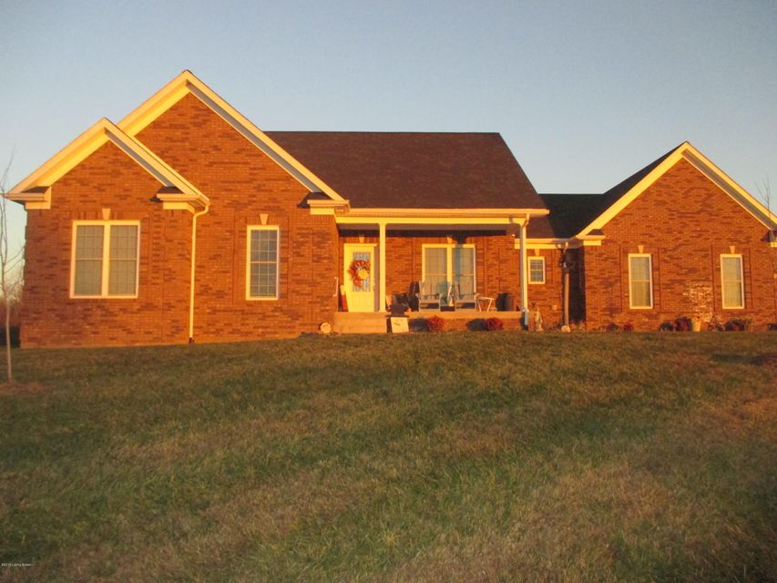 Single Family Home for Sale at 2262 Crume Road 2262 Crume Road Vine Grove, Kentucky 40175 United States