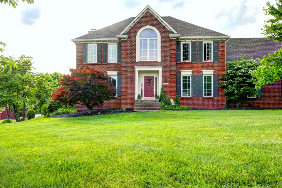 Single Family Home for Sale at 7211 Spring Hill Trace 7211 Spring Hill Trace Crestwood, Kentucky 40014 United States