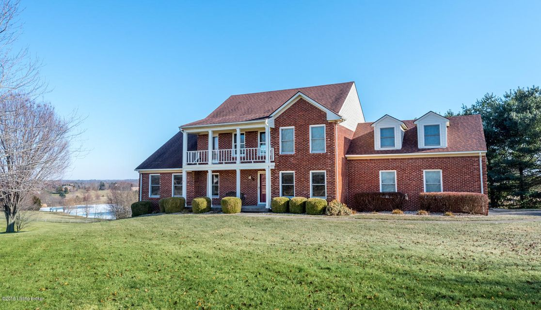Single Family Home for Sale at 4600 Grand Dell Drive 4600 Grand Dell Drive Crestwood, Kentucky 40014 United States