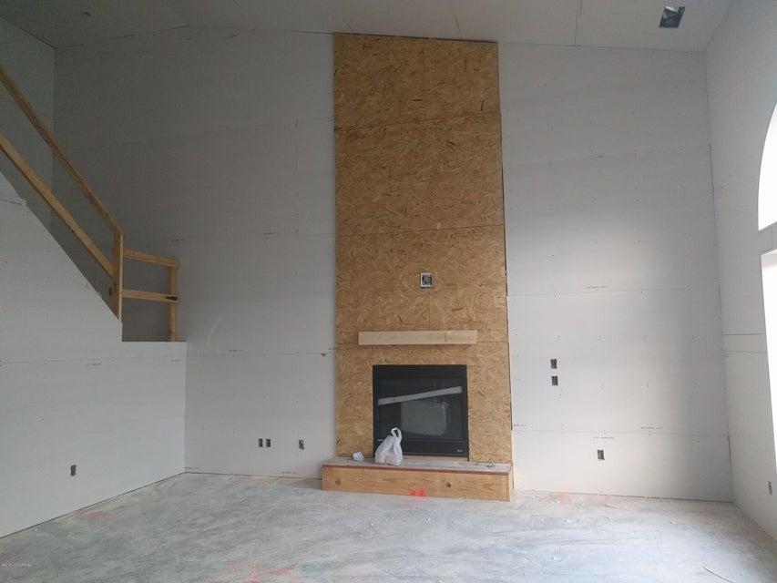 Additional photo for property listing at 8815 Talon Ridge Drive 8815 Talon Ridge Drive Louisville, Kentucky 40229 United States