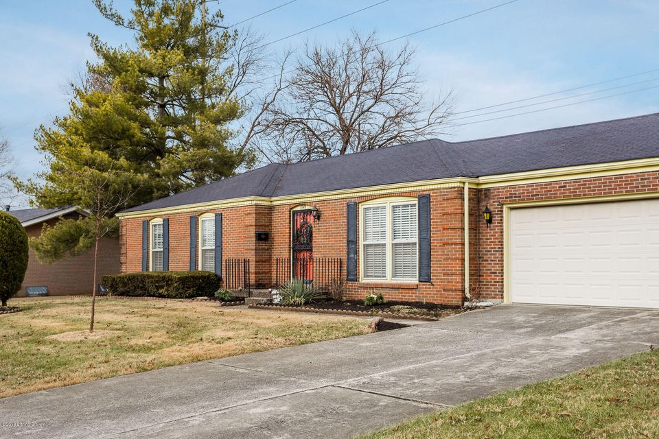 Additional photo for property listing at 2509 Foxy Poise Road 2509 Foxy Poise Road Louisville, Kentucky 40220 United States