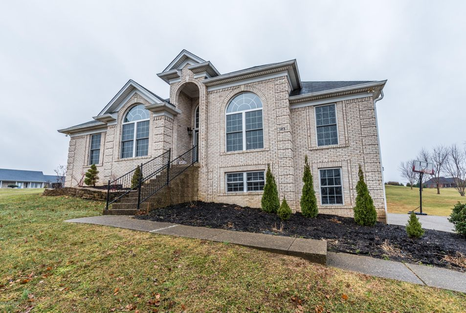Single Family Home for Sale at 125 Mill Creek Court 125 Mill Creek Court Shepherdsville, Kentucky 40165 United States