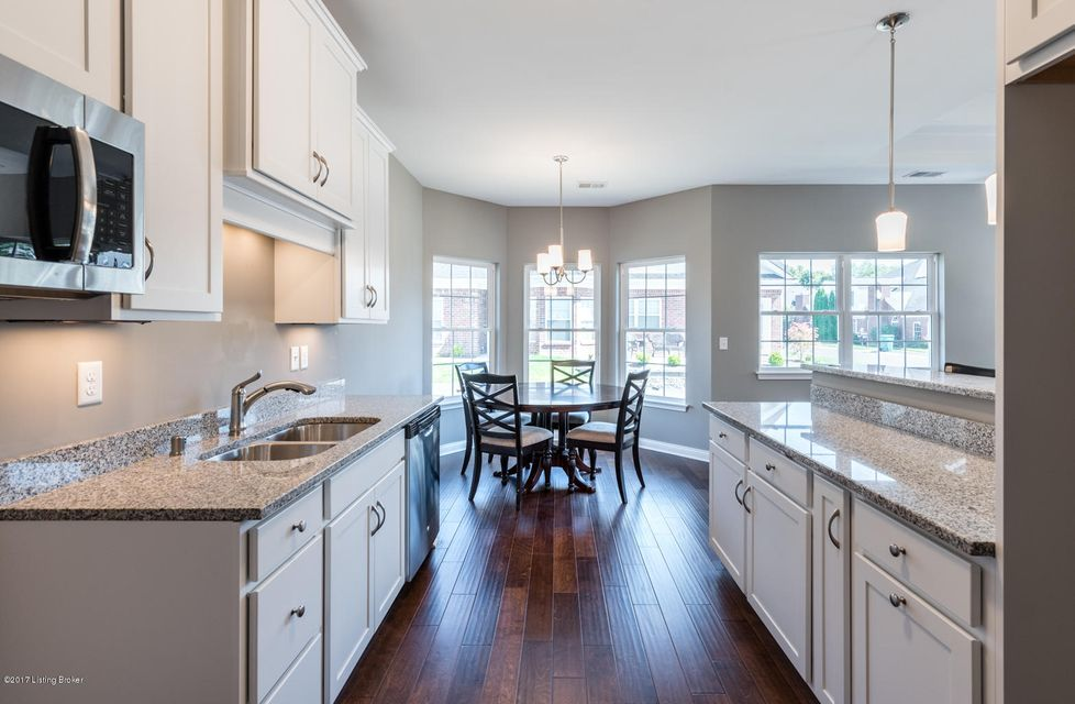 Additional photo for property listing at 9900 Vista Springs Way 9900 Vista Springs Way Louisville, Kentucky 40291 United States
