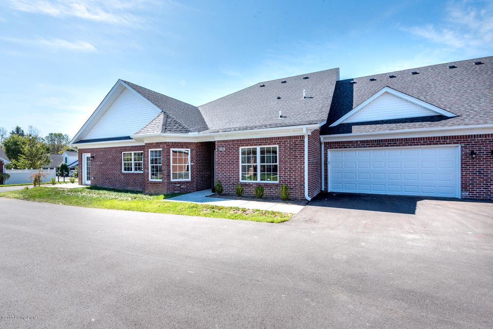 Condominium for Sale at 9909 Hill Spring Circle 9909 Hill Spring Circle Louisville, Kentucky 40291 United States