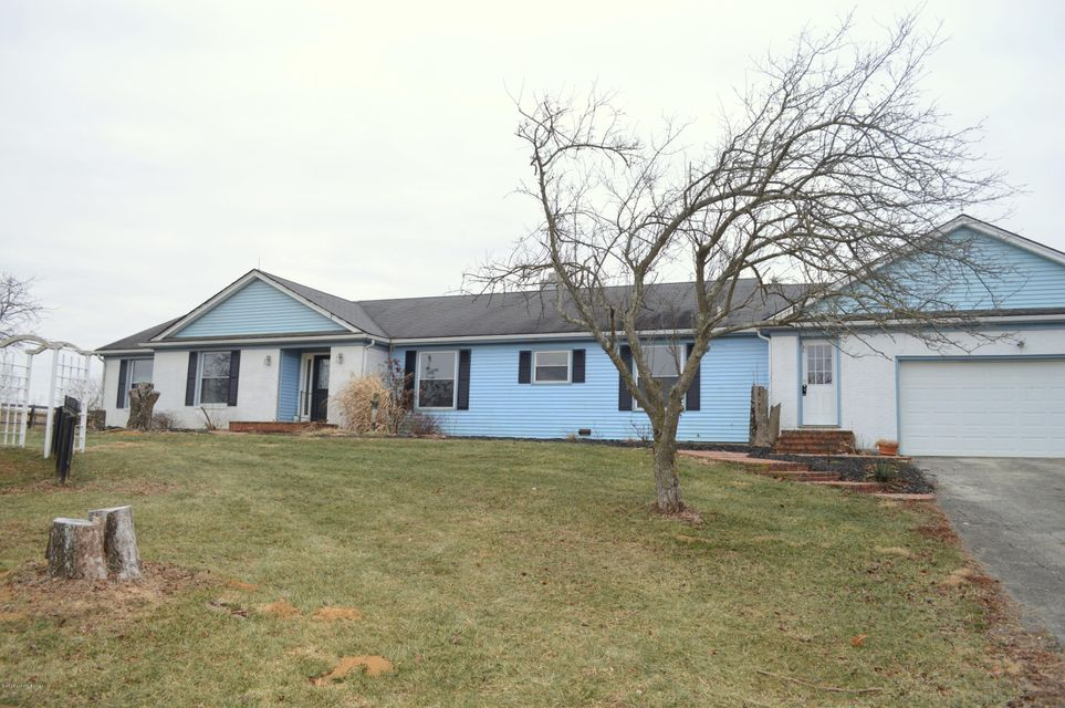 Single Family Home for Sale at 7085 Smithfield Road 7085 Smithfield Road Smithfield, Kentucky 40068 United States