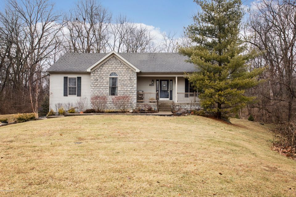 Single Family Home for Sale at 5516 Cross Creek Drive 5516 Cross Creek Drive Crestwood, Kentucky 40014 United States