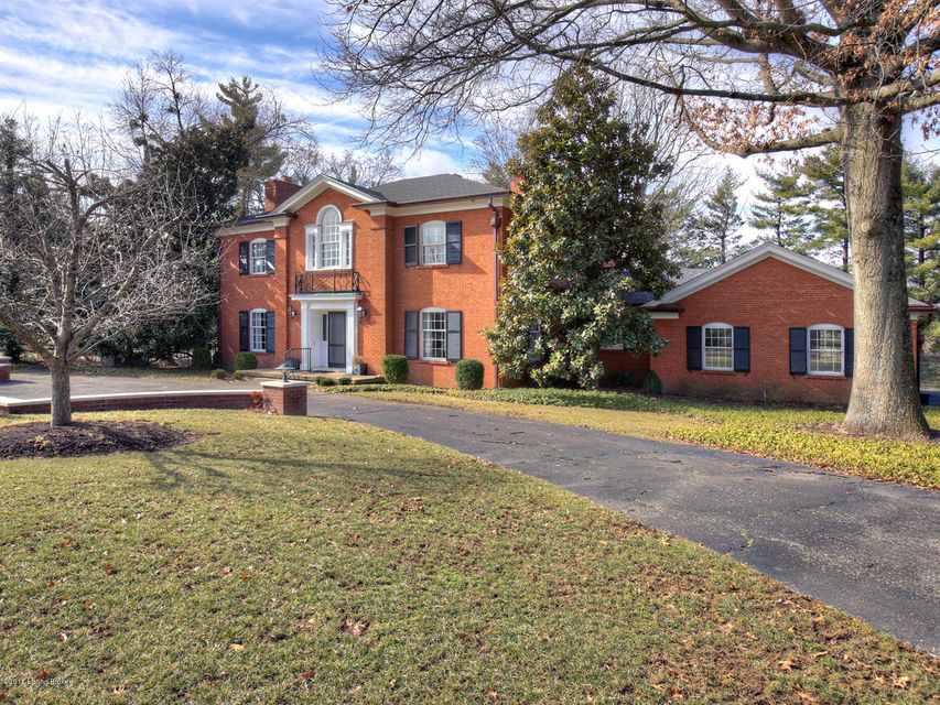 Single Family Home for Sale at 149 Westwind Road 149 Westwind Road Louisville, Kentucky 40207 United States