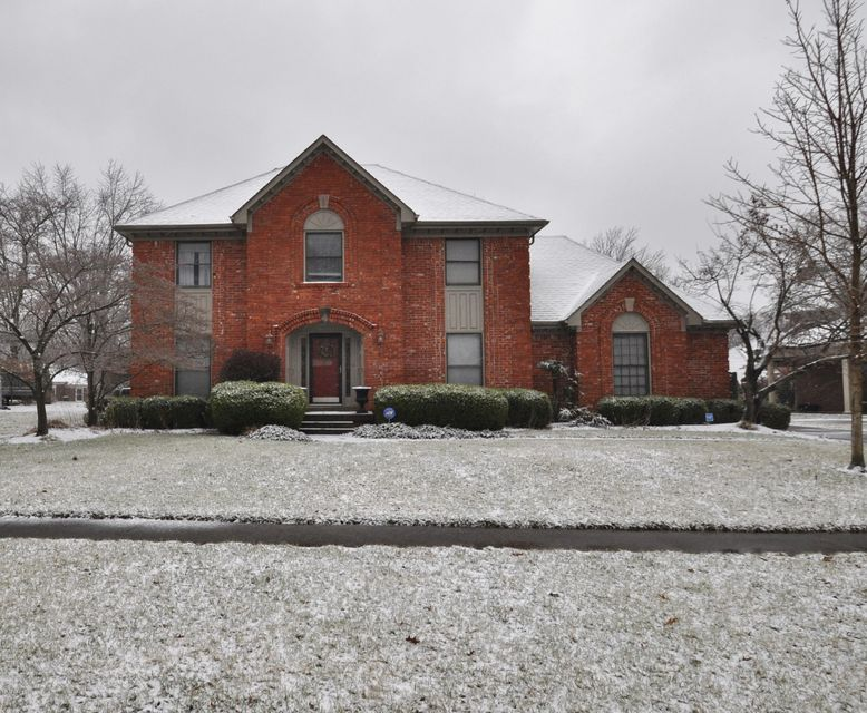 Single Family Home for Sale at 10612 Glen Eagle Place 10612 Glen Eagle Place Louisville, Kentucky 40223 United States