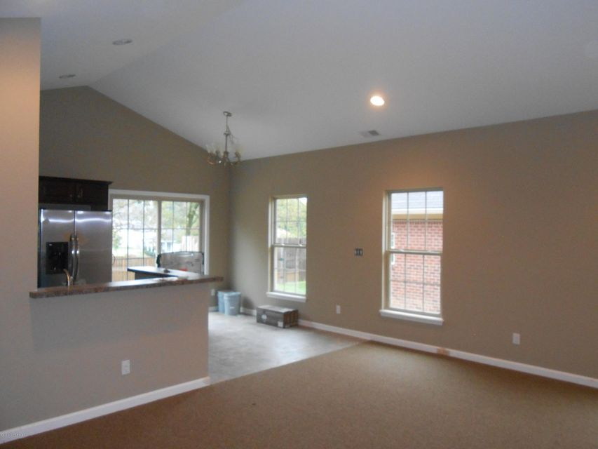 Additional photo for property listing at 108 Twin Spring Court 108 Twin Spring Court Shelbyville, Kentucky 40065 United States