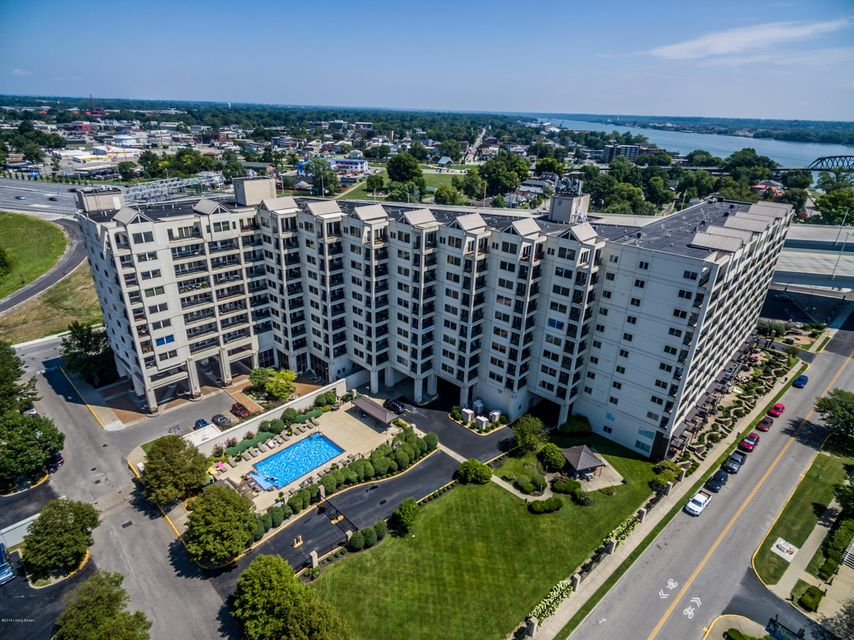 Condominium for Sale at 1 Riverpointe Plaza 1 Riverpointe Plaza Jeffersonville, Indiana 47130 United States