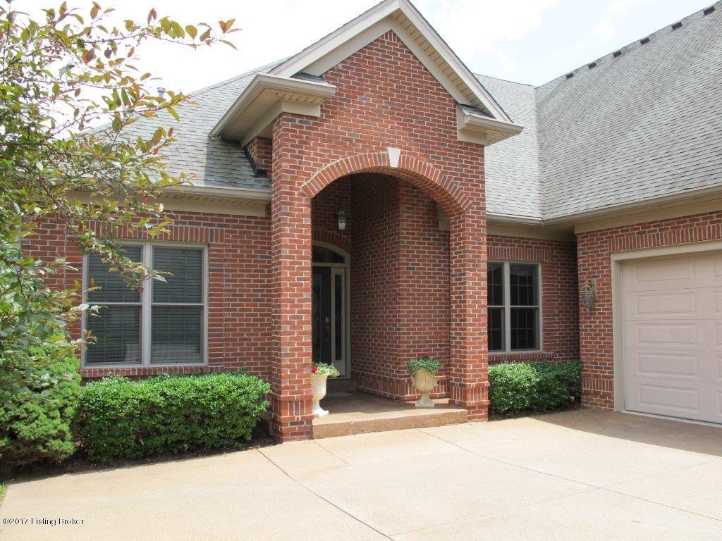 Additional photo for property listing at 333 Lanai Court 333 Lanai Court Louisville, Kentucky 40245 United States