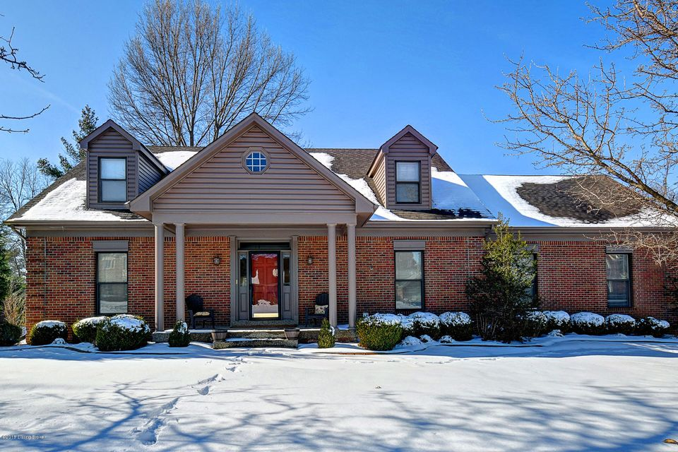 Single Family Home for Sale at 4200 Rivanna Drive 4200 Rivanna Drive Louisville, Kentucky 40299 United States