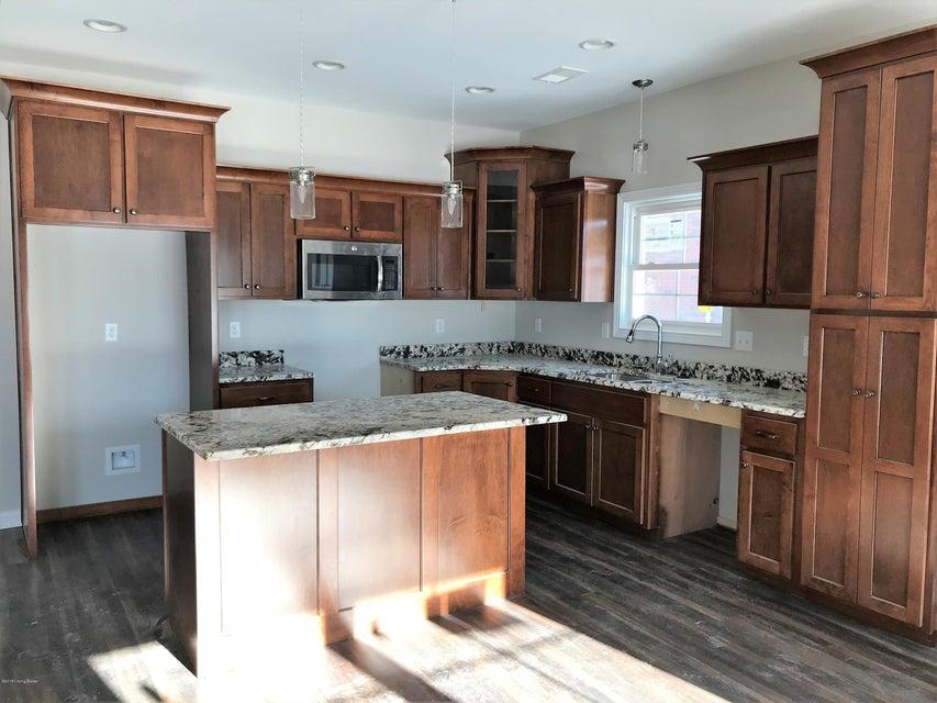 Additional photo for property listing at 242 Potomac Bend 242 Potomac Bend Mount Washington, Kentucky 40047 United States