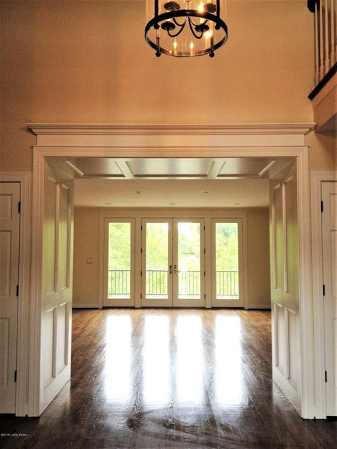 Additional photo for property listing at 1404 Mockingbird Valley Green 1404 Mockingbird Valley Green Louisville, Kentucky 40207 United States