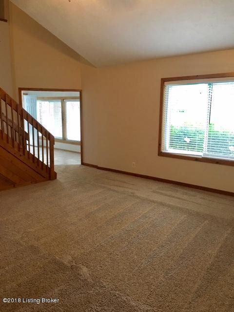 Additional photo for property listing at 12801 Churchill Pkwy 12801 Churchill Pkwy Goshen, Kentucky 40026 United States