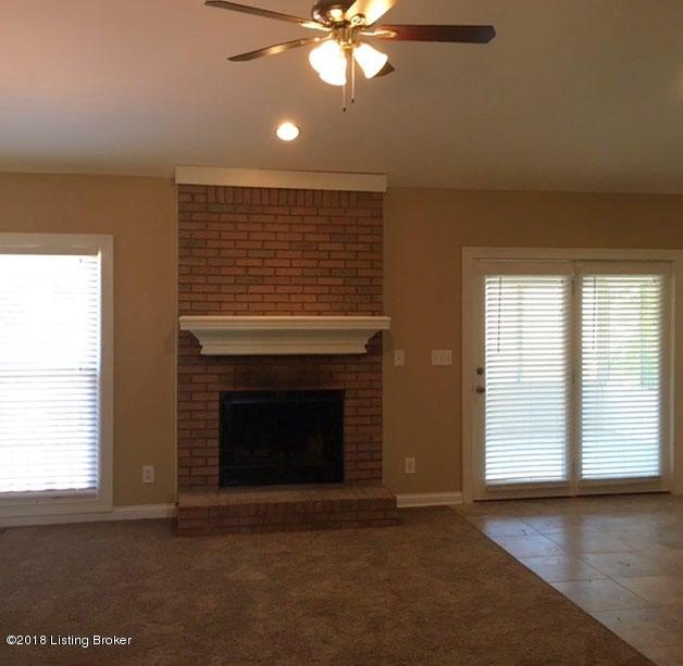 Additional photo for property listing at 1200 Goshen Lane 1200 Goshen Lane Goshen, Kentucky 40026 United States