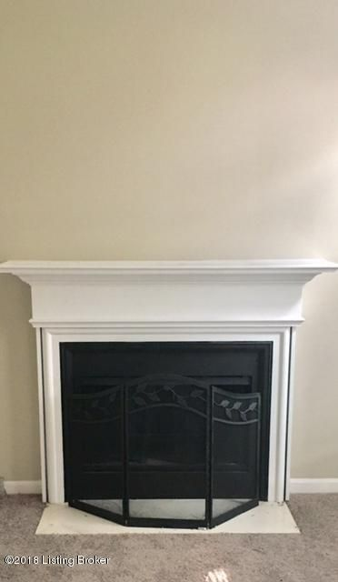 Additional photo for property listing at 4217 Bay Pointe Drive 4217 Bay Pointe Drive Louisville, Kentucky 40214 United States