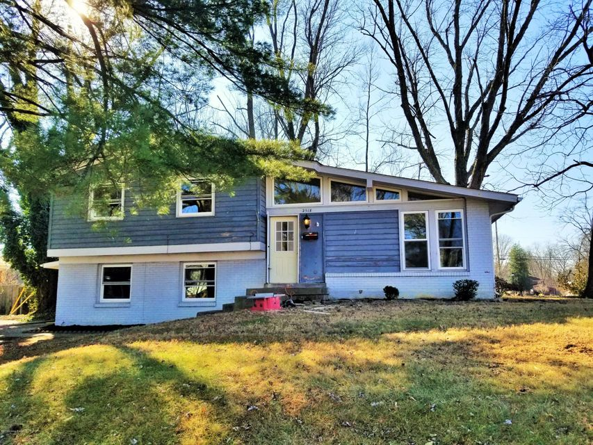 Single Family Home for Rent at 2518 Cottonwood Drive 2518 Cottonwood Drive Louisville, Kentucky 40242 United States