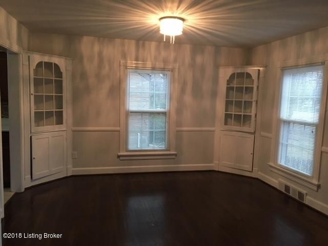 Additional photo for property listing at 2523 Alanmede Road 2523 Alanmede Road Louisville, Kentucky 40205 United States