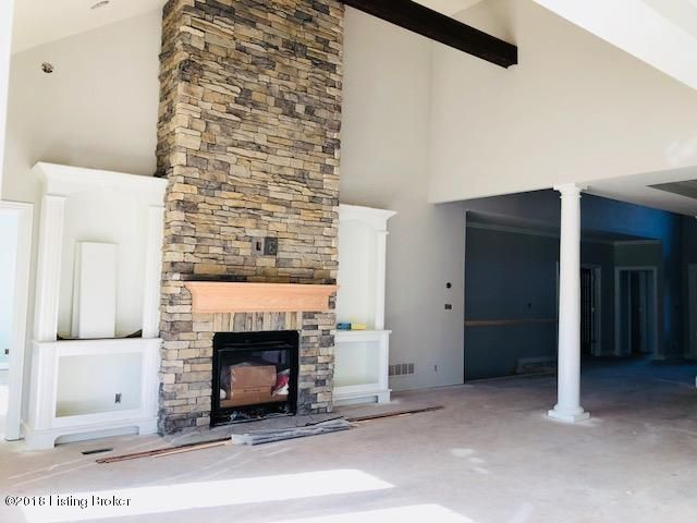 Additional photo for property listing at 155 Whispering Pines Circle 155 Whispering Pines Circle Louisville, Kentucky 40245 United States