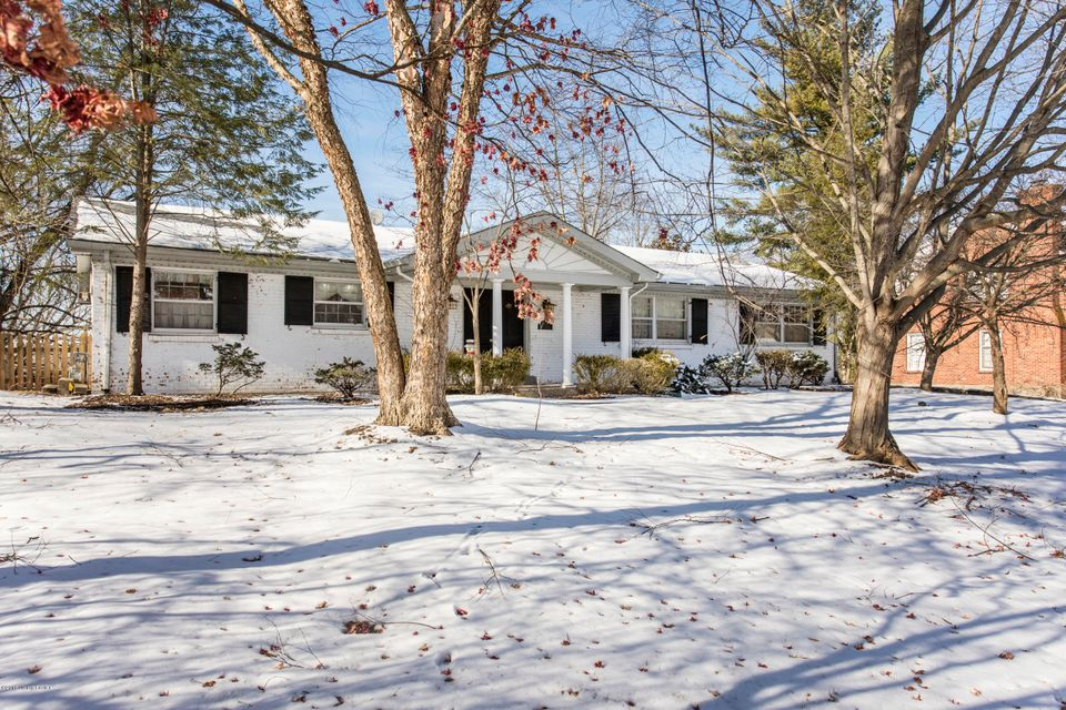 Single Family Home for Sale at 6908 Wythe Hill Circle 6908 Wythe Hill Circle Prospect, Kentucky 40059 United States