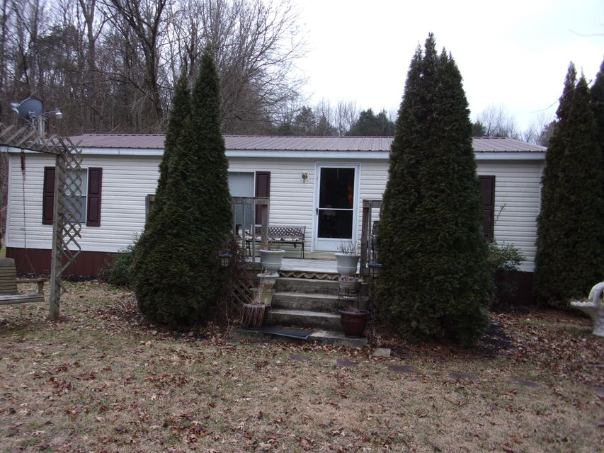 Single Family Home for Sale at 1321 Simpson Creek Road 1321 Simpson Creek Road Bloomfield, Kentucky 40008 United States