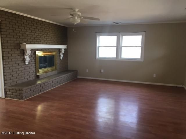 Additional photo for property listing at 3120 Rosedale Blvd 3120 Rosedale Blvd Louisville, Kentucky 40220 United States