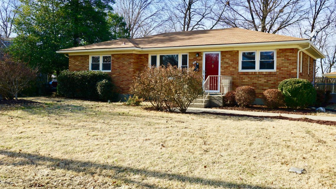 Single Family Home for Sale at 7620 Buena Vista Court 7620 Buena Vista Court Louisville, Kentucky 40219 United States