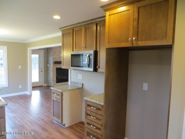 Additional photo for property listing at 1400 Parkridge Pkwy 1400 Parkridge Pkwy Louisville, Kentucky 40214 United States