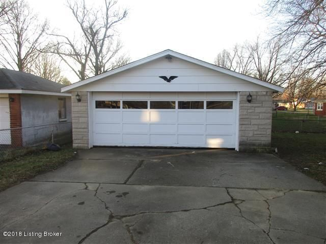 Additional photo for property listing at 2324 ECTON Lane 2324 ECTON Lane Louisville, Kentucky 40216 United States
