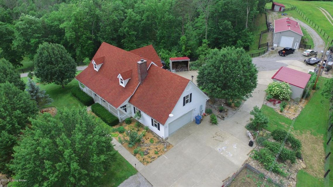 Single Family Home for Sale at 1390 Buntain School Road 1390 Buntain School Road Lawrenceburg, Kentucky 40342 United States