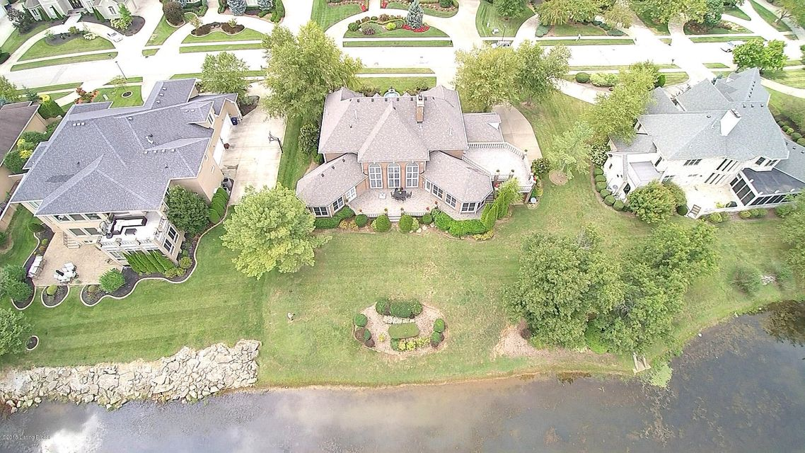 Additional photo for property listing at 2107 Club Vista Place 2107 Club Vista Place Louisville, Kentucky 40245 United States