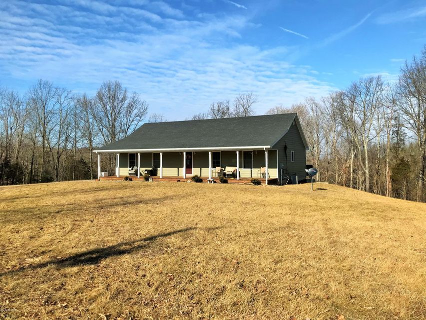 Single Family Home for Sale at 421 Culls Ridge Road 421 Culls Ridge Road Bedford, Kentucky 40006 United States