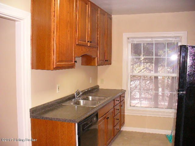 Additional photo for property listing at 383 S Galt Avenue 383 S Galt Avenue Louisville, Kentucky 40206 United States